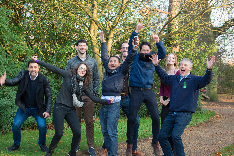 Team photo 2018 in Cambridge University Botanic Garden